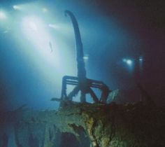 Titanic, the world's best-known cruise ship was launched in May the ship sank in April 1912 after colliding with an iceberg en route from Southampton, England to New York City. Titanic was ca… Titanic Wreck, Titanic Ship, Rms Titanic, Titanic Underwater, Underwater Pictures, Belfast, Titanic Deaths, Original Titanic, Liverpool