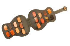 Timber Tones - Leather Guitar Pick / Plectrum Wallet & 18 Guitar Picks