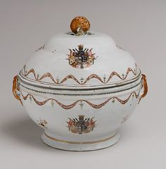 Tureen with cover Date: 1770–80 Culture: Chinese Medium: Hard-paste porcelain, enamel, gilt