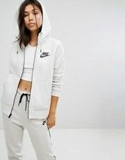 Buy Nike Rally Zip Through Hoodie at ASOS. With free delivery and return options (Ts&Cs apply), online shopping has never been so easy. Get the latest trends with ASOS now. Cute Gym Outfits, Sporty Outfits, Outfits For Teens, Asos, Joggers Womens, Adidas Outfit, Sporty Girls, Nike Hoodie, Sweatpants Outfit