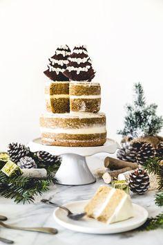 Christmas Coffee Layer Cake - Torta al caffè - Happy Christmas ♥ Best Dessert Recipes, Fun Desserts, Sweet Recipes, Cake Recipes, Coffee Buttercream, Christmas Cake Decorations, Coffee Dessert, Christmas Coffee, Cake With Cream Cheese