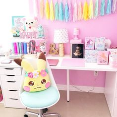 Time for some me time in my craft room!