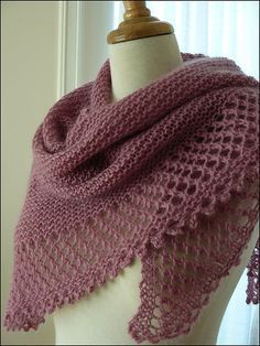 Simple and pretty shawl. Free pattern via ravelry.   REPINNED