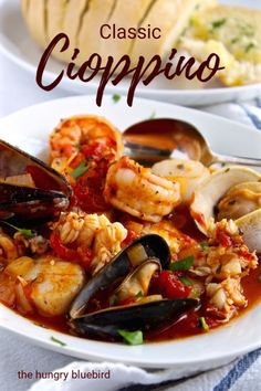 Classic Cioppino recipe, iconic San Francisco-style seafood stew from . Classic Cioppino recipe, iconic San Francisco-style seafood stew from . Best Seafood Recipes, Clam Recipes, Haitian Recipes, Lobster Recipes, Donut Recipes, Gula, Beef Bourguignon, Cooking Recipes, Seafood Recipes