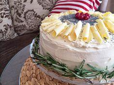 Baking moments: Maková torta s krémom z bielej čokoládyMak a biela...