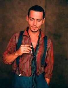 Johnny Depp, Chocolat, wearing a shirt made from Kaffe fabric: pixels Johnny Depp Chocolat, Johnny Depp Smoking, Johnny Depp Pictures, Johnny Depp Movies, Johny Depp, Hollywood Men, Matthew Mcconaughey, Michel, Movies
