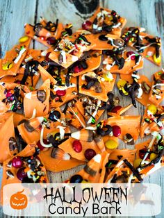 Halloween Candy Bark - Easy No Bake Halloween Treat