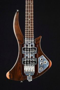 Norton Guitars   Hugh Norton designed and crafted modified Chassis Frame 4 String Bass