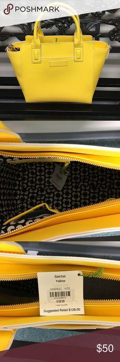 Vera Bradley Purse Brand new Vera Bradley leather purse. Vera Bradley Bags Totes