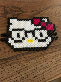 Perler Bead Hello Hipster Kitty... I think I'd do this without the stupid glasses
