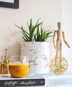 iced turmeric latte. Golden Milk, Food Trends, Turmeric, Latte, Barware, Smoothies, Planter Pots, Beverages, Ice