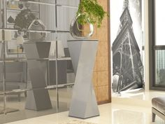 Colonne piedestal, mod: RETRO Home Decor, Solid Wood, Interior Design, Home Interior Design, Home Decoration, Decoration Home, Interior Decorating