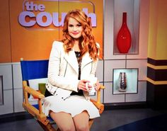 """Take a peek at this video of Debby Ryan chatting with """"The Couch"""" about the """"Jessie"""" and """"Good Luck Charlie"""" crossover titled """"Good Luck Jessie: NYC Moving To Texas, Jenna Ortega, Prettiest Actresses, Debby Ryan, Jessie, Her Style, Redheads, Red Hair, Beautiful Women"""