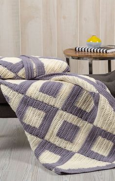 [Free Crochet Pattern] Introduce Charm To Your Bedroom With This Easy Two Colors Crochet Throw
