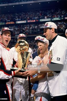 Basketball Videos, Bulls Basketball, Jack Haley, Nba Stars, Chicago Bulls, Dream Team, Michael Jordan, Old School, Superstar