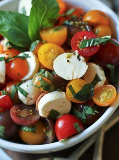 Quick Caprese Salad (1) From: Skinny Life, please visit