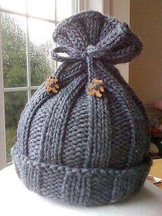 Rib-Knit Baby Hat pattern by Jenny Sauselein – Knitting patterns, knitting designs, knitting for beginners. Baby Hats Knitting, Free Knitting, Knitted Hats, Simple Knitting, Baby Hat Knitting Pattern, Loom Knitting Patterns, Knitting Projects, Crochet Patterns, Crochet Ideas