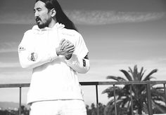Imagem embutida Dj Steve Aoki, Xnxx, Vogue, Amazing, Built Ins, Musica, Songs, En Vogue