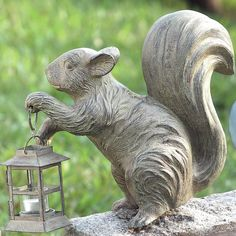 """Features:  -Metal construction.  -Style: Vintage.  -Animal theme .  Product Type: -Statue.  Style: -Vintage.  Material: -Metal.  Theme: -Animal. Dimensions:  Overall Height - Top to Bottom: -12"""".  --"""