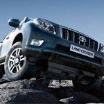 If you're searching for the best small SUVs and crossovers, then step this way. We reveal the best small SUVs that are practical, fuel efficient and are great to drive. You'll also find out which cars fail our safety tests. Amazing Cars, Toyota Land Cruiser, Vehicles, Top, Life, Car, Crop Shirt, Shirts, Vehicle