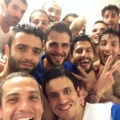 Η πρώτη selfie της νίκης στα αποδυτήρια της Εθνικής / The TOC // greece national team