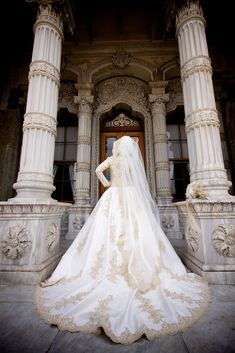 wedding gown hijabi hijab - Yelda Calımlı Photography