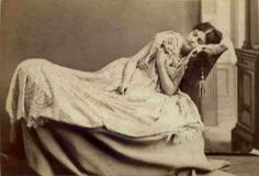 A very lovely posed post mortem
