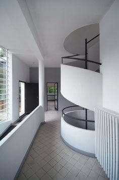 Afbeeldingsresultaat voor savoye corbusier corridor