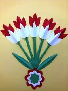 The colors of the Hungarian flag: red, white and green. Independence Day Decoration, Class Decoration, School Decorations, Preschool Crafts, Easter Crafts, Christmas Crafts, Spring Art, Spring Crafts, Diy And Crafts