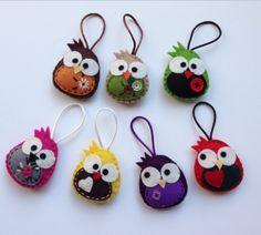 Diy Crafts - -felt fabric crafts fabriccrafts DIY Japanese Folk Art Mobile Strap Fabric kit Can make 4 kitten --- Japanese Craft Kit (Just use gl Christmas Ornaments To Make, Felt Ornaments, Felt Christmas, Christmas Crafts, Bird Crafts, Felt Crafts, Fabric Crafts, Felt Diy, Handmade Felt