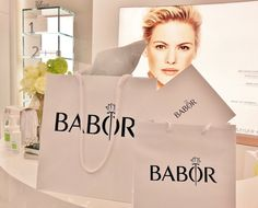 Shopping @baborhamburg is so much fun and a passionate addiction. We send you a