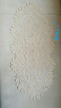 This Pin was discovered by Eli Hardanger Embroidery, Lace Embroidery, Hand Embroidery Designs, Embroidery Stitches, Embroidery Patterns, Crochet Patterns, Burlap Crafts, Fabric Crafts, Diy Crafts