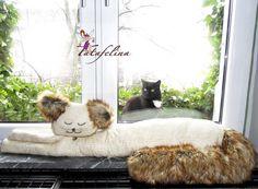 Die beeindruckende +'Prosa von der Büchergilde'+- kurz Prosa B. genannt - stammt aus einem edlen Katzenadelsgeschlecht, was man ihr durchaus ansehe...