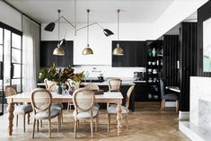 One Melbourne family's space mission led to a simply spectacular renovation of this white weatherboard home. Modern Shed, London Townhouse, Grand Homes, Australian Homes, Black Kitchens, Coastal Homes, Hygge, Living Room Decor, Dining Room