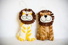 Felt Lion Christmas Ornaments, Great for Year-Round Gift for Someone who Loves Big Cats, or Decorate with this Cute Christmas Tree Ornament