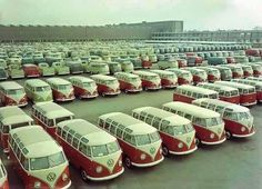 27 window Volkswagen Buses are worth about 75 to Volkswagen Transporter, Transporteur Volkswagen, Volkswagen Factory, Vw Mk1, Volkswagen Models, Vw Camper Bus, Vw Caravan, Vw Bus T1, Vw California Beach