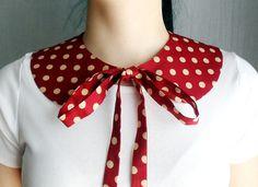 Red polka dot detachable collar