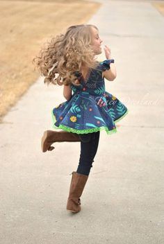Ayda's V Back Peplum Top & Dress. PDF by SimpleLifePatternCo