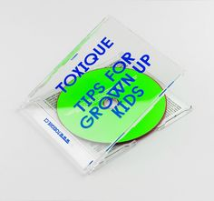 Minimalist CD packaging. If you want to customize a good-looking CD packaging, visit www.unifiedmanufacturing.com.