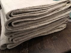 Excited to share the latest addition to my shop: 6 homespun pure Leinen Handtūcher, wash monogram. Strong and durable, texture. Hand Spinning, Dish Towels, Weave, Monogram, Strong, Etsy Shop, Pure Products, Texture, Dishes