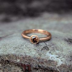 Aliança em ouro Rosa com diamante marrom 💛✨