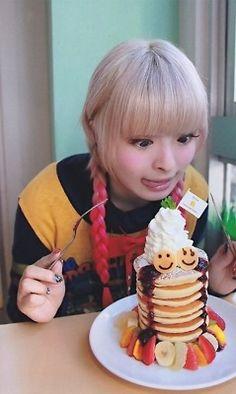 Kyary Pamyu Pamyu pancakes