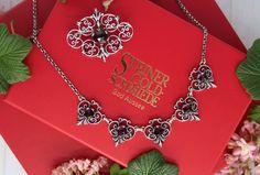 """Derzeit eines der beliebtesten Trachtenschmucksets: """"Berta"""" Jewelry, Jewelry Gifts, Stud Earring, Rhinestones, Dirndl, Red, Armband, Jewlery, Jewels"""