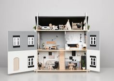 A Doll House for Edie