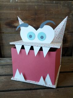 This is one of the coolest Valentine's day boxes we've ever seen. So creative!