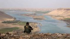 IS conflict: Raqqa warning over 'risk to Tabqa dam'