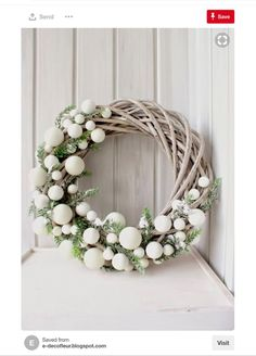 Bekijk hier 12 kerstkransen voor aan de m… Are you going to make a Christmas wreath this week? View 12 Christmas wreaths for on the wall or at the door! – Self-made ideas Christmas Wreaths To Make, Noel Christmas, Christmas 2017, Holiday Wreaths, How To Make Wreaths, Winter Christmas, Holiday Crafts, Christmas Ornaments, Modern Christmas