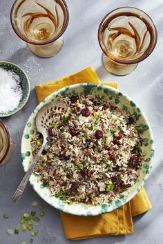 These easy Christmas lunch ideas will tide you and your guests over until the big Christmas dinner, but still incorporate plenty of holiday flavors. Check out our Christmas lunch recipes here, like salads and sandwiches. Vegan Side Dishes, Vegetable Side Dishes, Tasty Dishes, Food Dishes, Rice Dishes, Vegetable Recipes, Main Dishes, Healthy Christmas Recipes, Best Thanksgiving Recipes