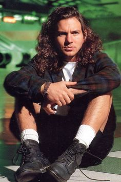 Eddie Vedder of Pearl Jam - the King of Grunge..miss the 90s ..