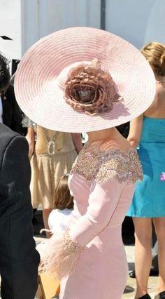 Race Day Fashion, Races Fashion, Lace Dress, Dress Up, Stylish Hats, Fancy Hats, Royal Fashion, Ladies Day, Hats For Women